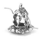 Silver wishing well charm (turns)