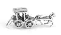 Silver hourse & carriage charm